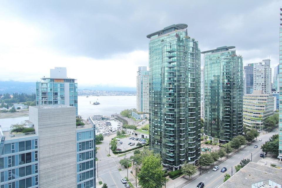 Main Photo: 1104 1415 W GEORGIA Street in Vancouver: Coal Harbour Condo for sale (Vancouver West)  : MLS® # R2089789