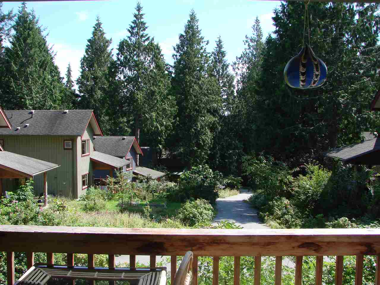 "Photo 14: Photos: 13 1131 EMERY Road: Roberts Creek House for sale in ""C0-HOUSING"" (Sunshine Coast)  : MLS®# R2092912"
