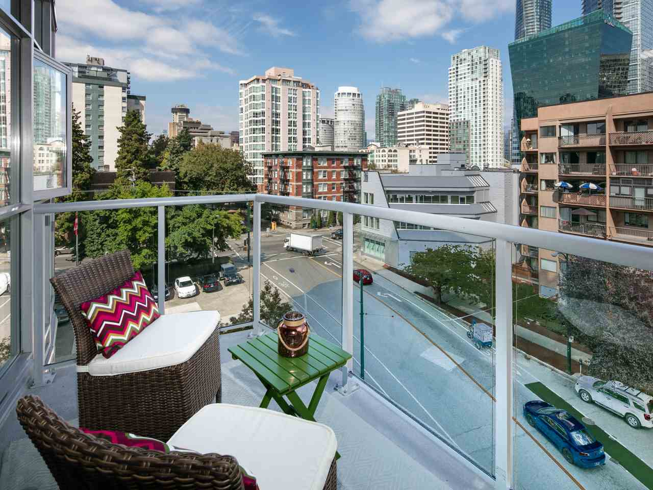 "Photo 10: 503 1050 SMITHE Street in Vancouver: West End VW Condo for sale in ""Sterling"" (Vancouver West)  : MLS(r) # R2105742"
