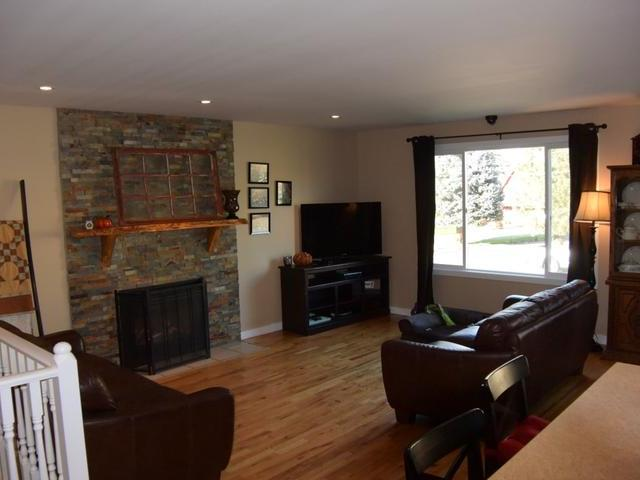 Photo 4: Photos: 6745 MCIVER PLACE in : Dallas House for sale (Kamloops)  : MLS® # 137588