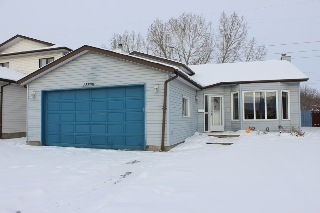 Main Photo: 12308 151A Avenue in Edmonton: Zone 27 House for sale : MLS(r) # E4047578