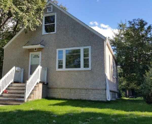 Main Photo:  in Edmonton: Zone 15 House for sale : MLS® # E4056407