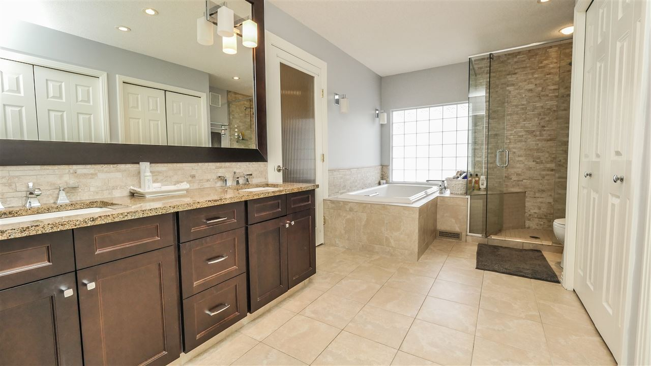 full view of ensuite