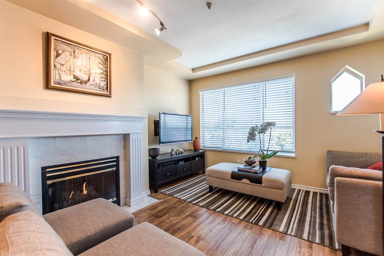 "Photo 9: 407 6475 CHESTER Street in Vancouver: Fraser VE Condo for sale in ""SOUTHRIDGE HOUSE"" (Vancouver East)  : MLS® # R2205282"
