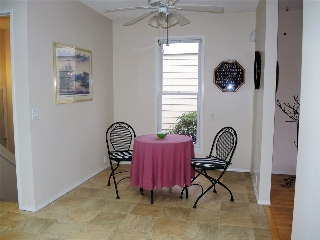 Breakfast nook or dining room