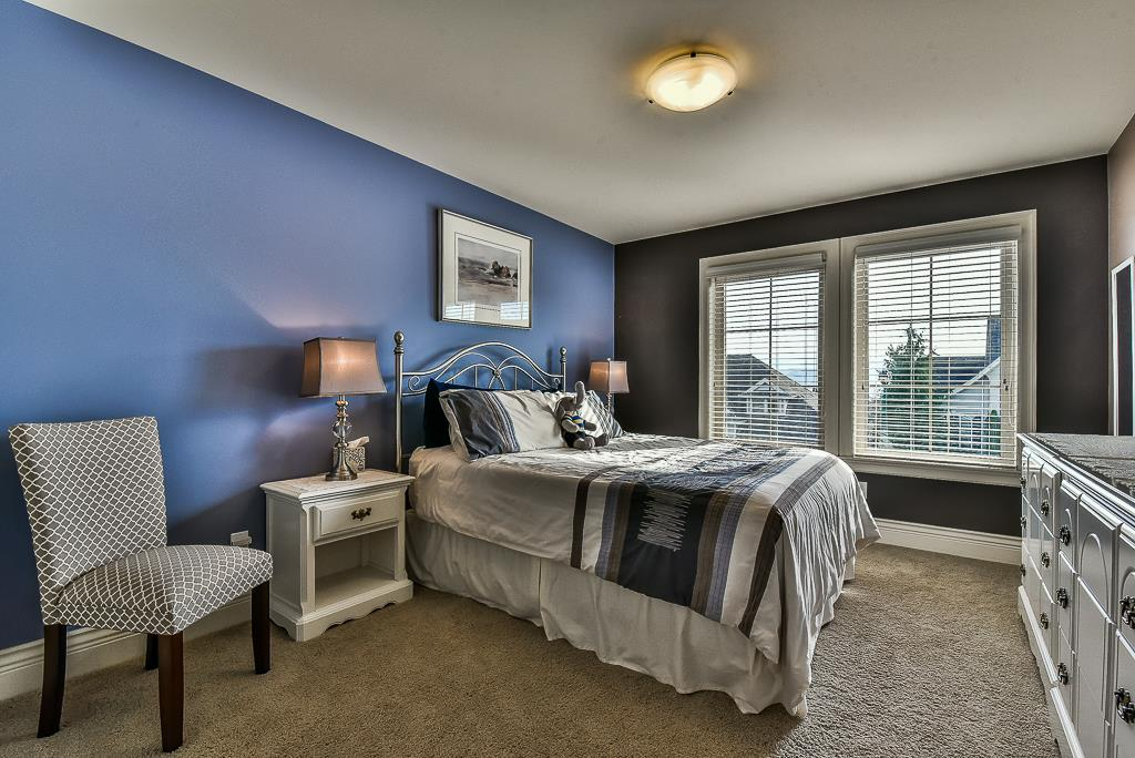 "Photo 14: Photos: 35535 JADE Drive in Abbotsford: Abbotsford East House for sale in ""Eagle Mountain"" : MLS® # R2218433"