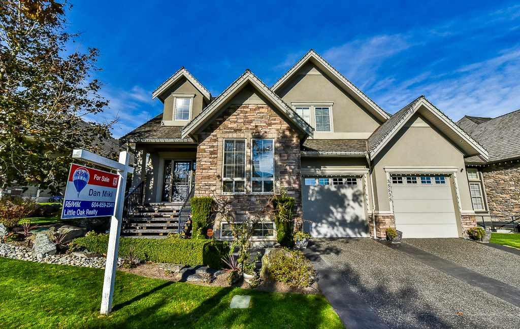 "Photo 1: Photos: 35535 JADE Drive in Abbotsford: Abbotsford East House for sale in ""Eagle Mountain"" : MLS® # R2218433"