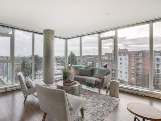 "Main Photo: 709 2770 SOPHIA Street in Vancouver: Mount Pleasant VE Condo for sale in ""STELLA"" (Vancouver East)  : MLS® # R2241610"