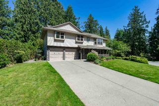 Main Photo: 2214 FOOTHILLS Court in Abbotsford: Abbotsford East House for sale : MLS®# R2269737