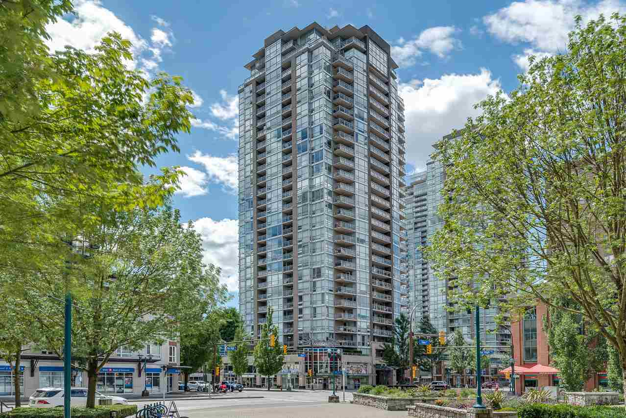 "Main Photo: 2703 2978 GLEN Drive in Coquitlam: North Coquitlam Condo for sale in ""GRAND CENTRAL"" : MLS®# R2283839"
