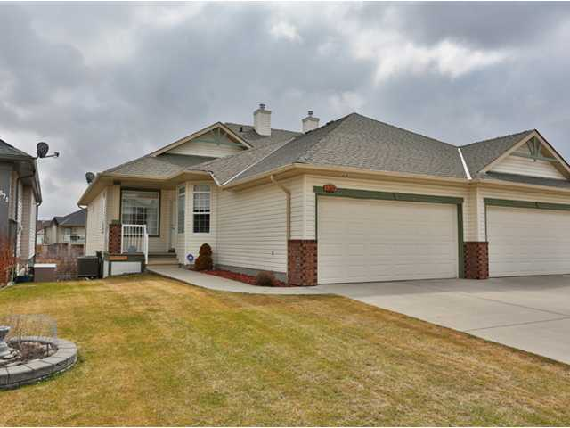 Main Photo: 369 CRYSTALRIDGE View: Okotoks Residential Attached for sale : MLS(r) # C3611693