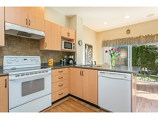 "Main Photo: 55 1055 RIVERWOOD Gate in Port Coquitlam: Riverwood Townhouse for sale in ""MOUNTAIN VIEW ESTATES"" : MLS®# V1108702"