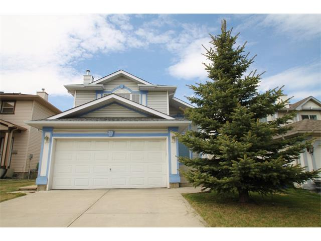 Main Photo: 33 HIDDEN VALLEY Gate NW in Calgary: Hidden Valley House for sale : MLS® # C4015930