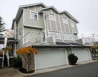 "Main Photo: 6 3799 GRANVILLE Avenue in Richmond: Terra Nova Townhouse for sale in ""TERRA NOVA GARDENS"" : MLS® # R2016257"