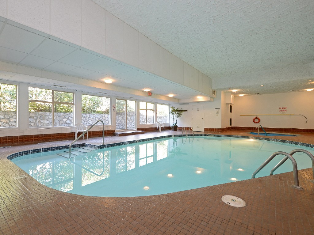 Photo 12: 202 1419 Stadacona Avenue in VICTORIA: Vi Fernwood Condo Apartment for sale (Victoria)  : MLS(r) # 362605