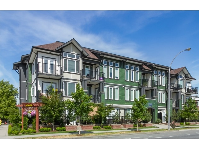 "Main Photo: 304 5665 177B Street in Surrey: Cloverdale BC Condo for sale in ""Lingo"" (Cloverdale)  : MLS(r) # R2072809"