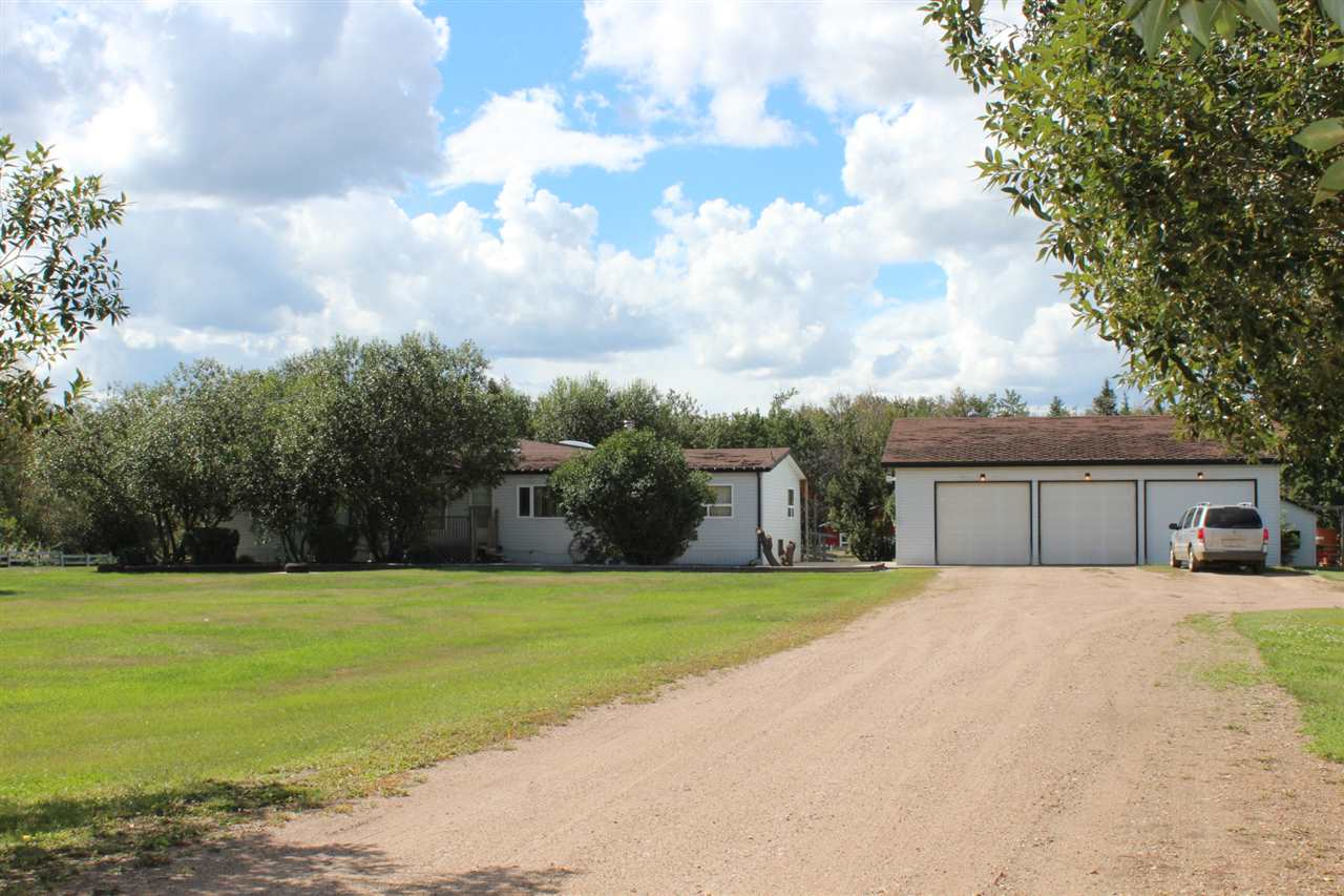 Main Photo: TWP RD 592 RR 223: Rural Thorhild County Manufactured Home for sale : MLS(r) # E4034770