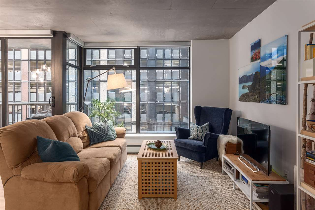 "Photo 7: 301 128 W CORDOVA Street in Vancouver: Downtown VW Condo for sale in ""WOODWARDS"" (Vancouver West)  : MLS(r) # R2131569"