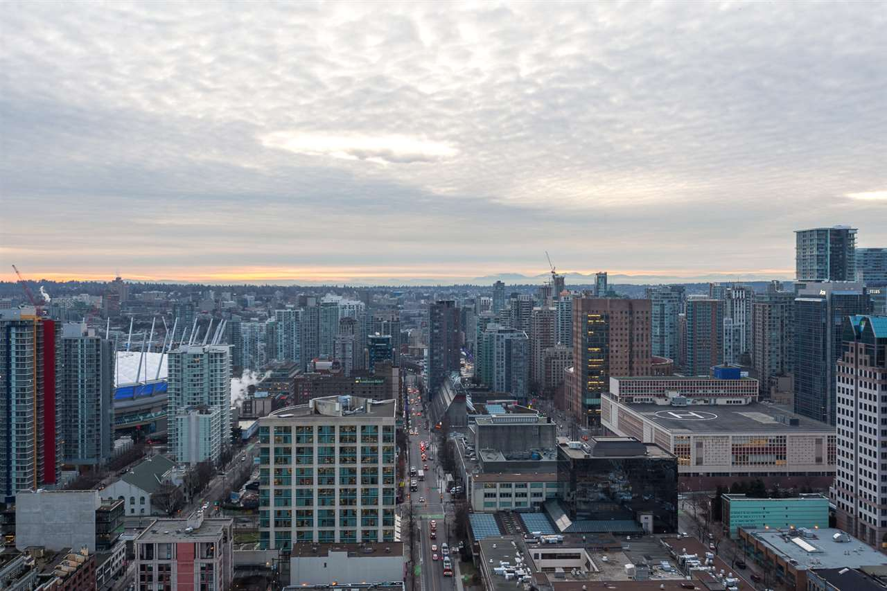 "Photo 17: 301 128 W CORDOVA Street in Vancouver: Downtown VW Condo for sale in ""WOODWARDS"" (Vancouver West)  : MLS(r) # R2131569"