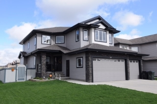 Main Photo: 28 DANFIELD Place: Spruce Grove House for sale : MLS(r) # E4050914
