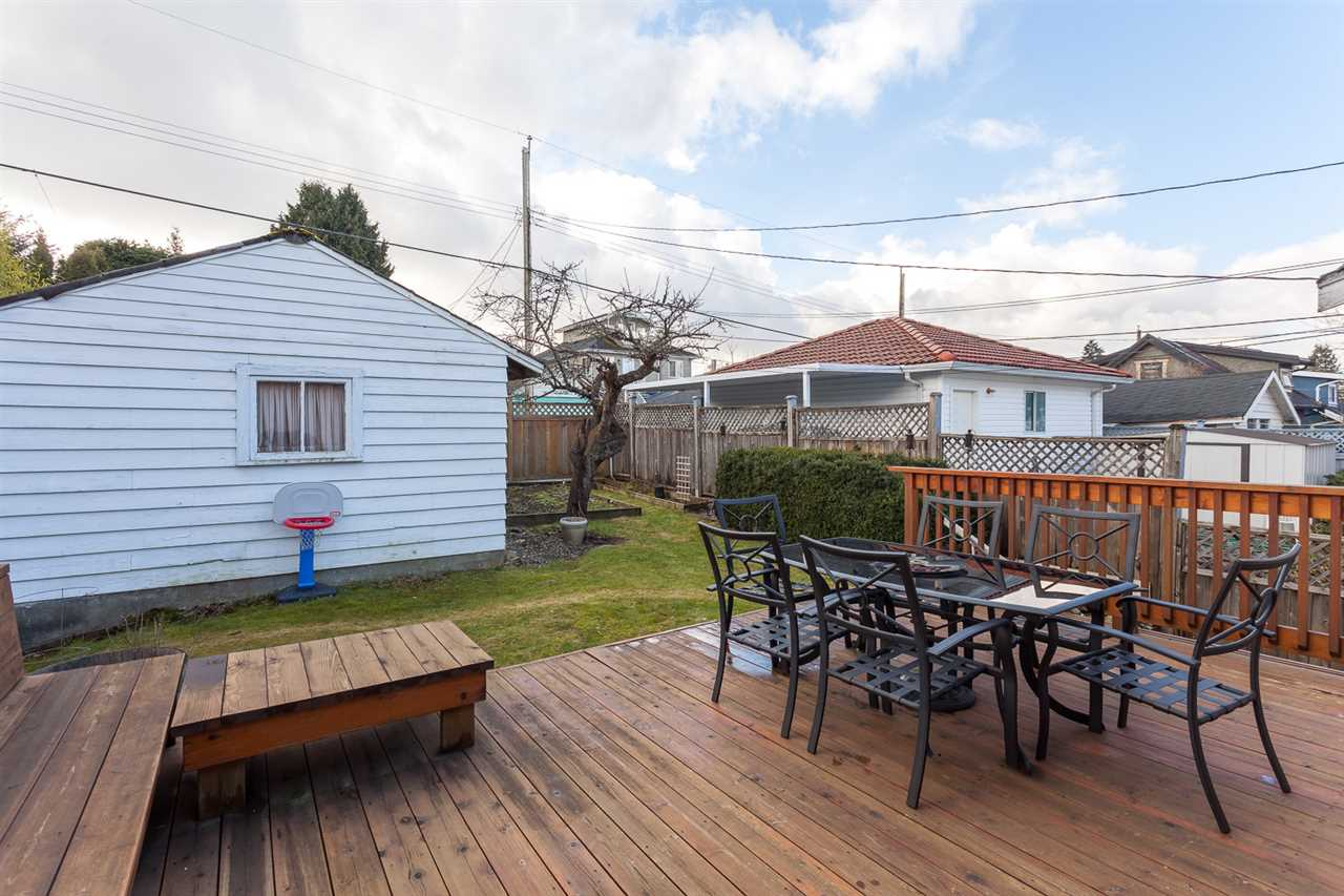 Photo 13: 3076 E 19TH Avenue in Vancouver: Renfrew Heights House for sale (Vancouver East)  : MLS® # R2141986