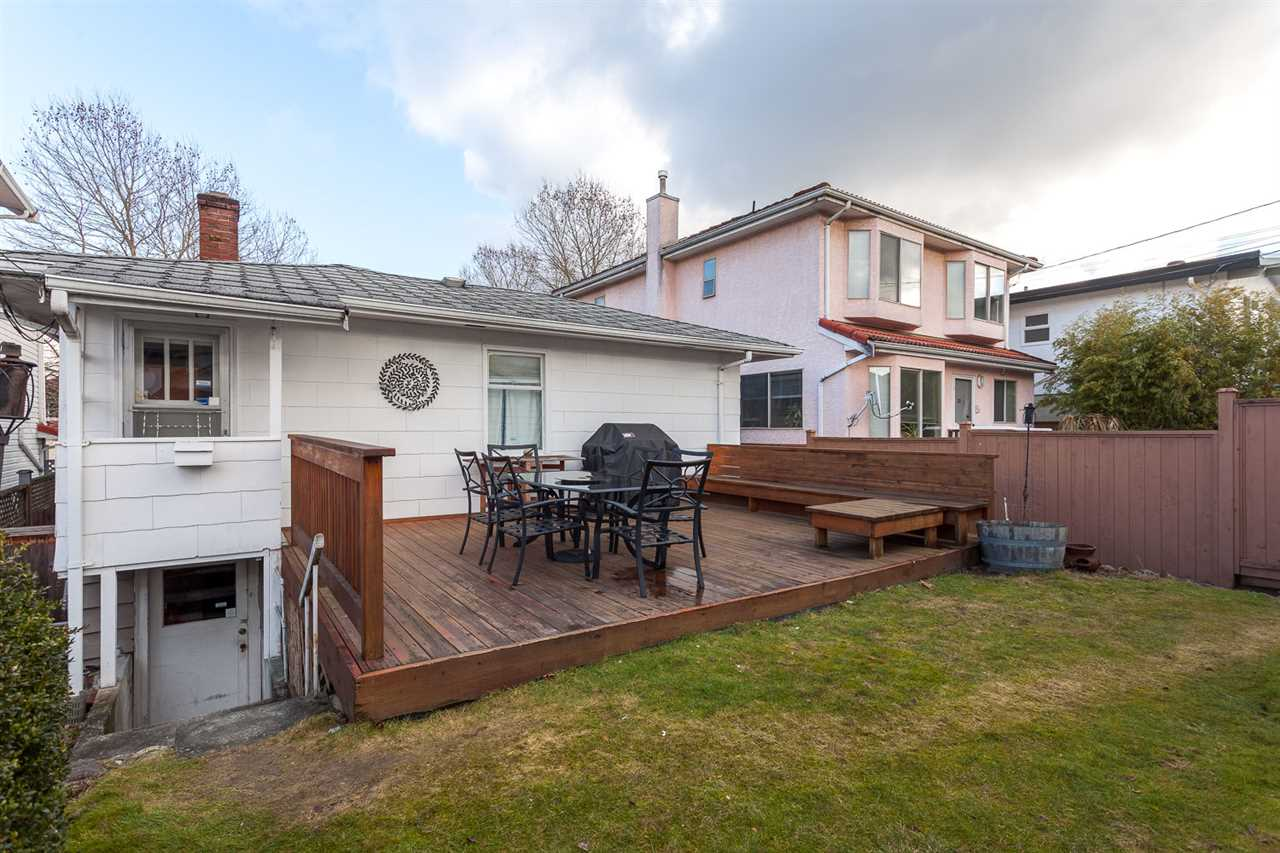 Photo 12: 3076 E 19TH Avenue in Vancouver: Renfrew Heights House for sale (Vancouver East)  : MLS® # R2141986