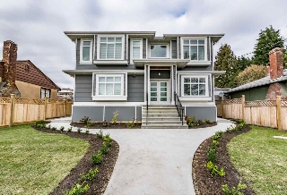 Main Photo: 8181 NE 10TH Avenue in Burnaby: East Burnaby House for sale (Burnaby East)  : MLS(r) # R2142137