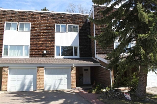Main Photo: 150 GREAT Oaks: Sherwood Park Townhouse for sale : MLS(r) # E4056526