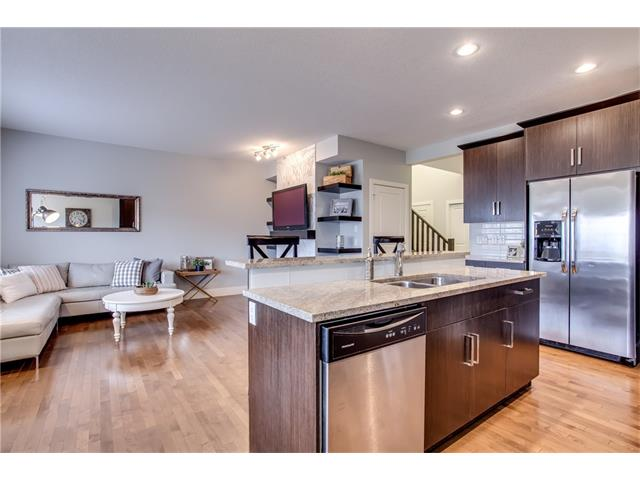 Photo 11: 16 CRANRIDGE Crescent SE in Calgary: Cranston House for sale : MLS® # C4110939