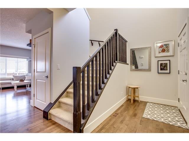 Photo 4: 16 CRANRIDGE Crescent SE in Calgary: Cranston House for sale : MLS® # C4110939