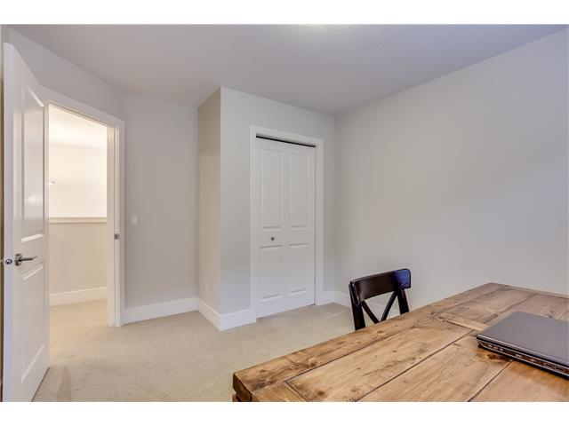 Photo 18: 16 CRANRIDGE Crescent SE in Calgary: Cranston House for sale : MLS® # C4110939