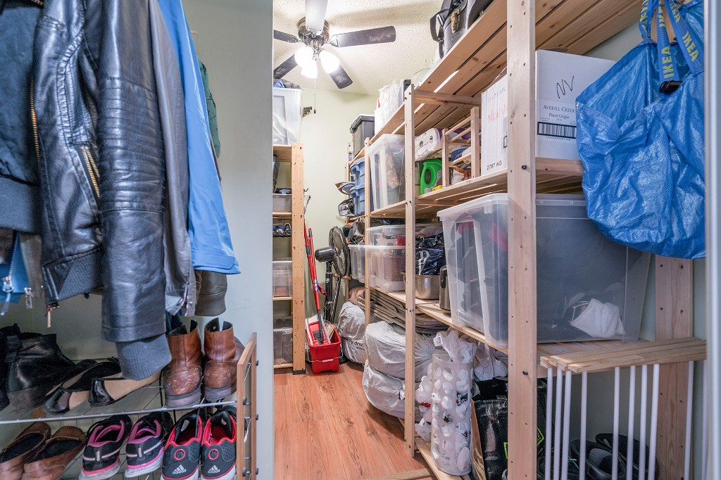 "Photo 19: Photos: 213 2150 BRUNSWICK Street in Vancouver: Mount Pleasant VE Condo for sale in ""MT PLEASANT PLACE"" (Vancouver East)  : MLS®# R2161817"