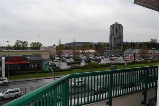 "Photo 17: A334 2099 LOUGHEED Highway in Port Coquitlam: Glenwood PQ Condo for sale in ""SHAUGHNESSY SQUARE"" : MLS(r) # R2173329"