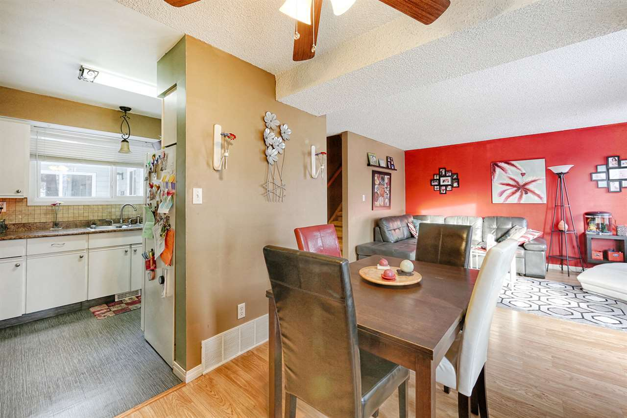 Main Photo: 3540 42 Street in Edmonton: Zone 29 Townhouse for sale : MLS(r) # E4069722