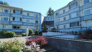 "Main Photo: 308 7175 134 Street in Surrey: West Newton Condo for sale in ""Sherwood Manor"" : MLS® # R2186794"