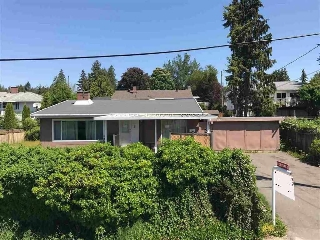 Main Photo: 837 STEWART Avenue in Coquitlam: Coquitlam West House for sale : MLS(r) # R2188936