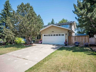 Main Photo: 154 WESTRIDGE Road in Edmonton: Zone 22 House for sale : MLS® # E4075399