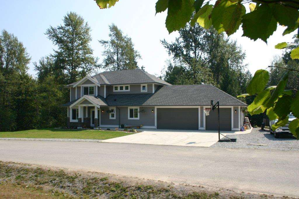 "Main Photo: 11560 GLACIER Drive in Mission: Stave Falls House for sale in ""Glacier Estates"" : MLS®# R2201104"
