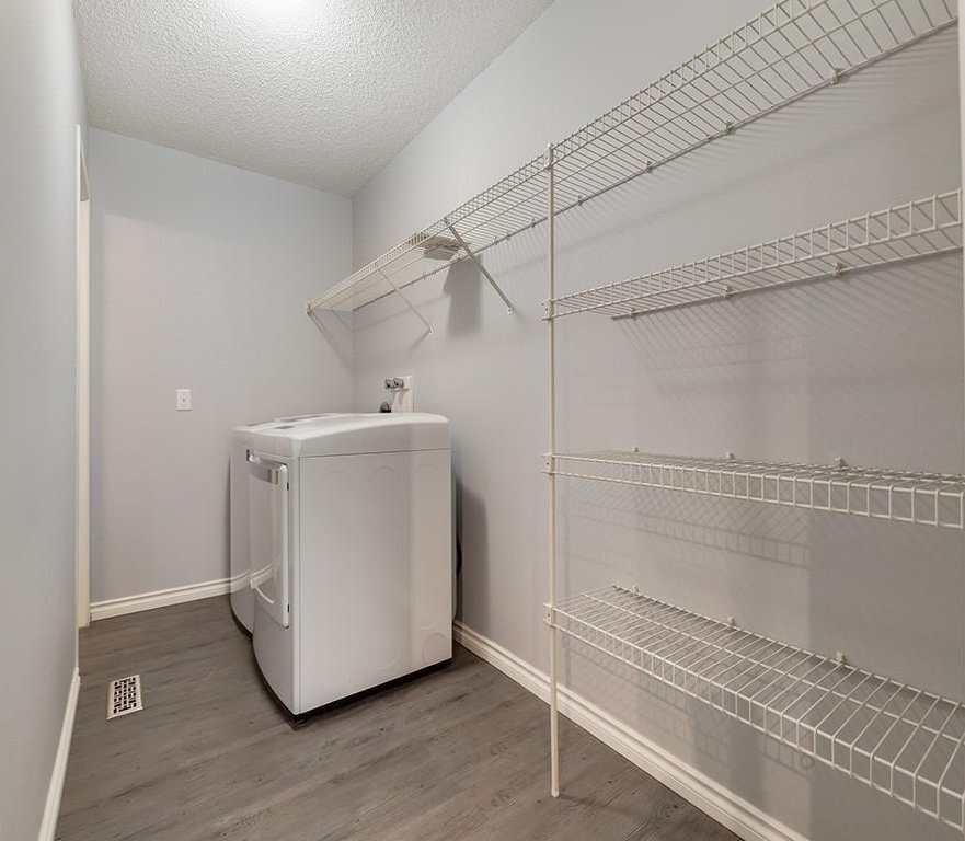 Corner pantry and laundry room