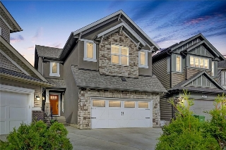 Main Photo: 321 CHAPARRAL VALLEY Mews SE in Calgary: Chaparral House for sale : MLS® # C4138135