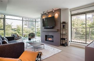"Main Photo: 205 1680 BAYSHORE Drive in Vancouver: Coal Harbour Condo for sale in ""Bayshore Gardens"" (Vancouver West)  : MLS® # R2216078"