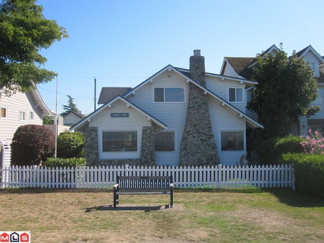 "Main Photo: 2854 O'HARA Lane in Surrey: Crescent Bch Ocean Pk. House for sale in ""Crescent Beach Waterfront"" (South Surrey White Rock)  : MLS® # F1122870"