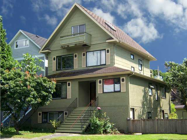 Main Photo: 174 W 12TH Avenue in Vancouver: Mount Pleasant VW House for sale (Vancouver West)  : MLS® # V913981