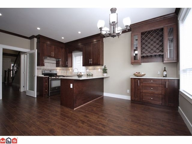 "Photo 3: 21051 80A AV in Langley: Willoughby Heights House for sale in ""Yorkson South"" : MLS(r) # F1205658"