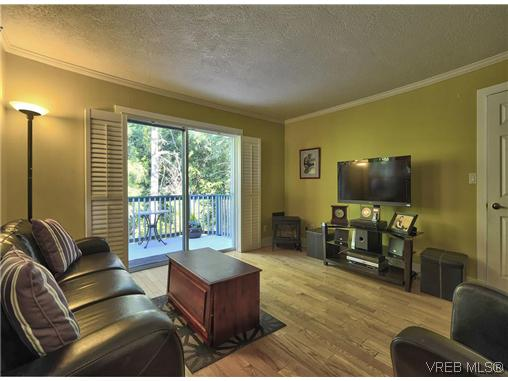 Photo 6: 916 Columbus Place in VICTORIA: La Walfred Residential for sale (Langford)  : MLS® # 315052