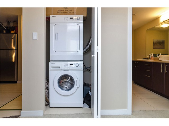 Photo 10: 205 7339 MACPHERSON Avenue in Burnaby: Metrotown Condo for sale (Burnaby South)  : MLS(r) # V1041731