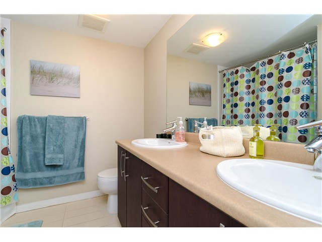 Photo 9: 205 7339 MACPHERSON Avenue in Burnaby: Metrotown Condo for sale (Burnaby South)  : MLS(r) # V1041731