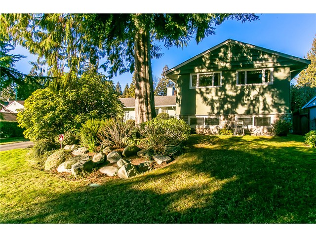 Main Photo: 756 BLYTHWOOD Drive in North Vancouver: Delbrook House for sale : MLS® # V1046211