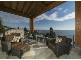 "Main Photo: 14373 MARINE Drive: White Rock House for sale in ""White Rock"" (South Surrey White Rock)  : MLS® # F1405169"