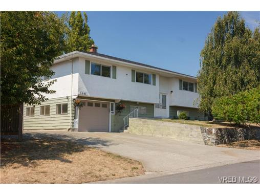 Main Photo: 1441 Ocean View Road in VICTORIA: SE Cedar Hill Single Family Detached for sale (Saanich East)  : MLS® # 355027